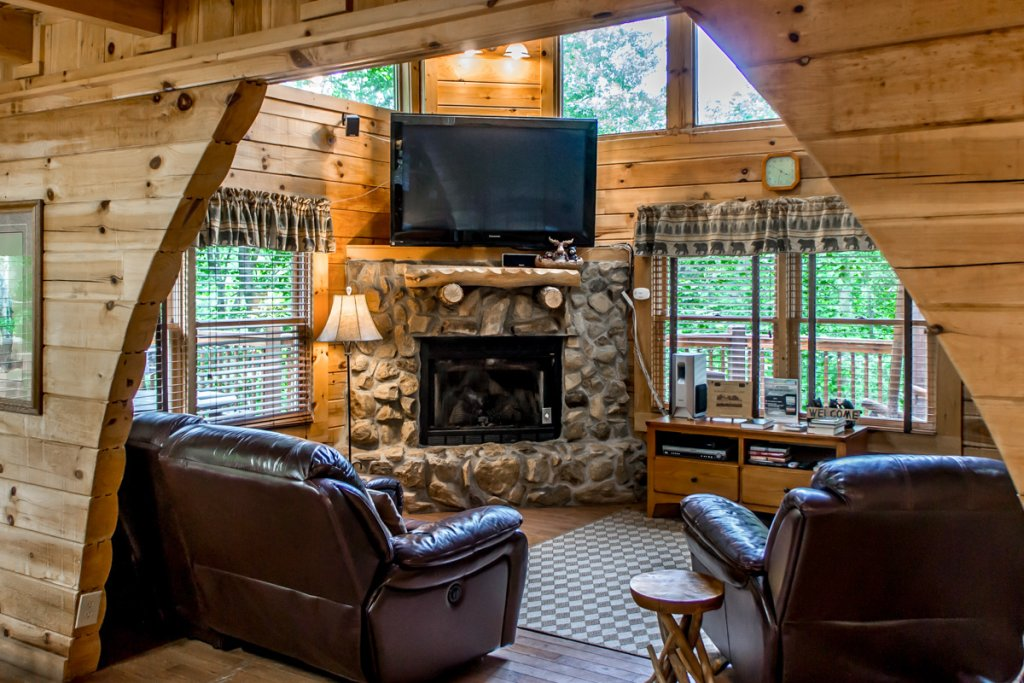 Photo of a Sevierville Cabin named Southern Comfort 22 - This is the second photo in the set.