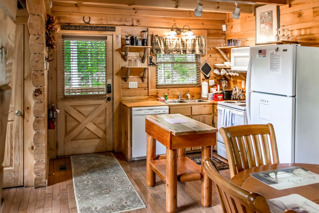 Photo of a Sevierville Cabin named Southern Comfort 22 - This is the tenth photo in the set.