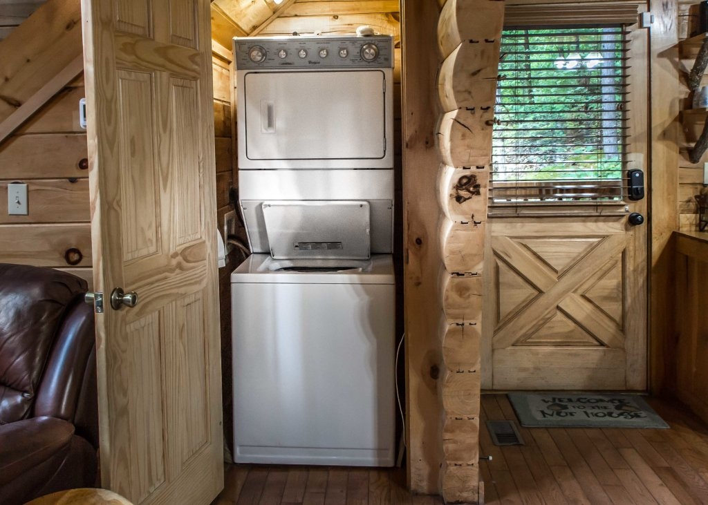 Photo of a Sevierville Cabin named Southern Comfort 22 - This is the eleventh photo in the set.