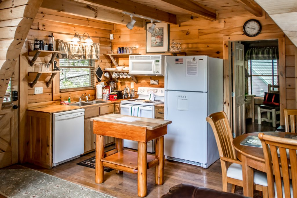 Photo of a Sevierville Cabin named Southern Comfort 22 - This is the ninth photo in the set.