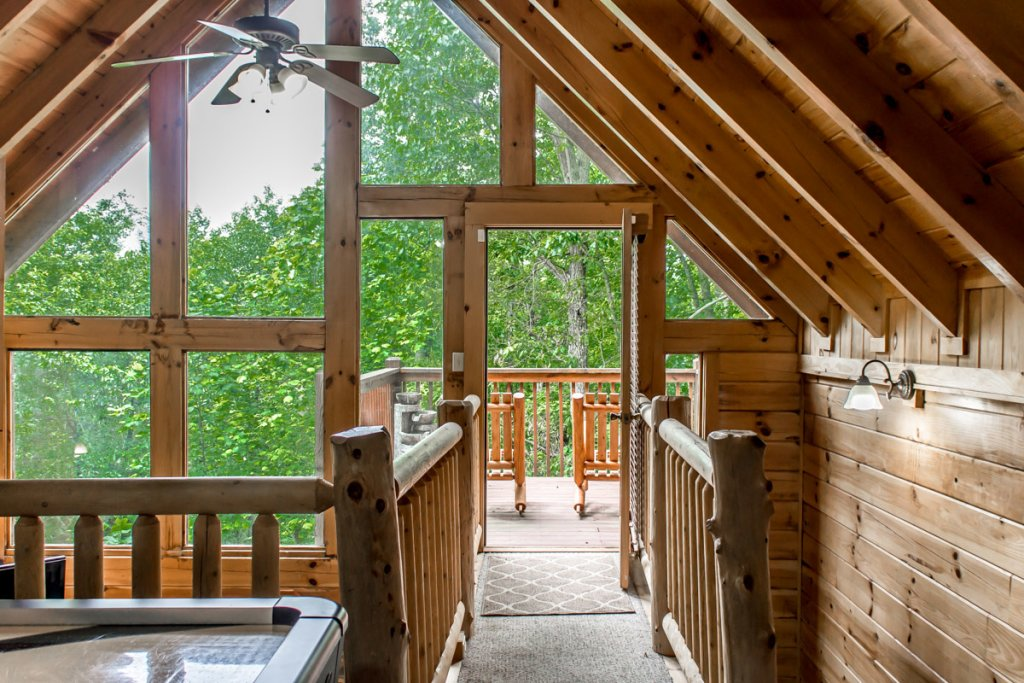 Photo of a Sevierville Cabin named Southern Comfort 22 - This is the twentieth photo in the set.