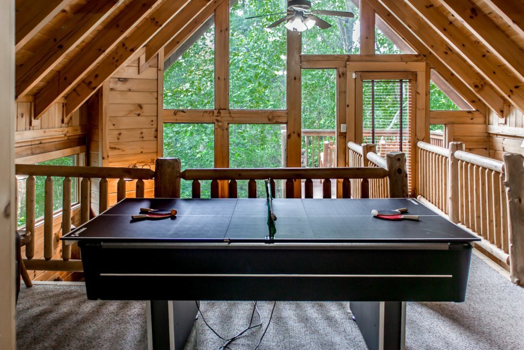 Photo of a Sevierville Cabin named Southern Comfort 22 - This is the sixteenth photo in the set.