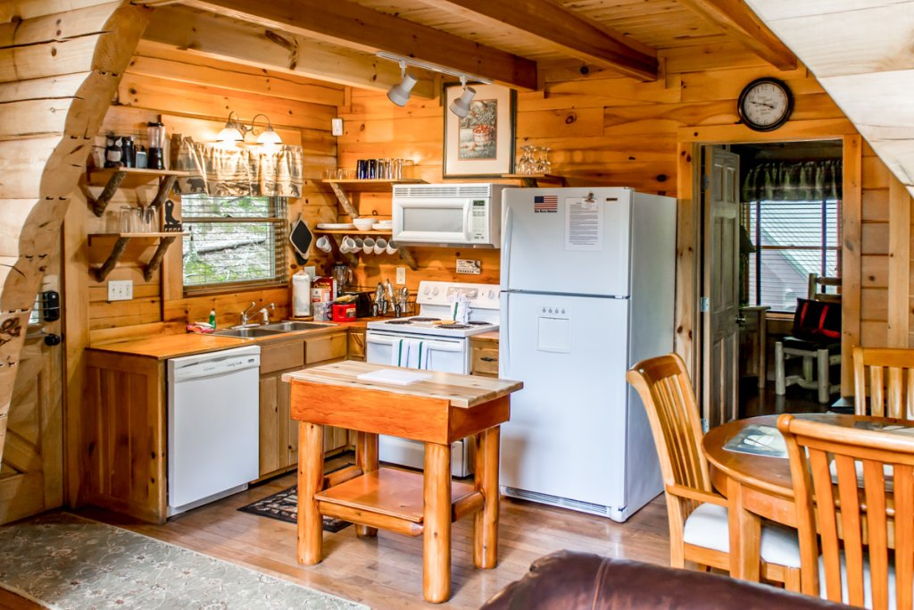 Photo of a Sevierville Cabin named Southern Comfort 22 - This is the third photo in the set.
