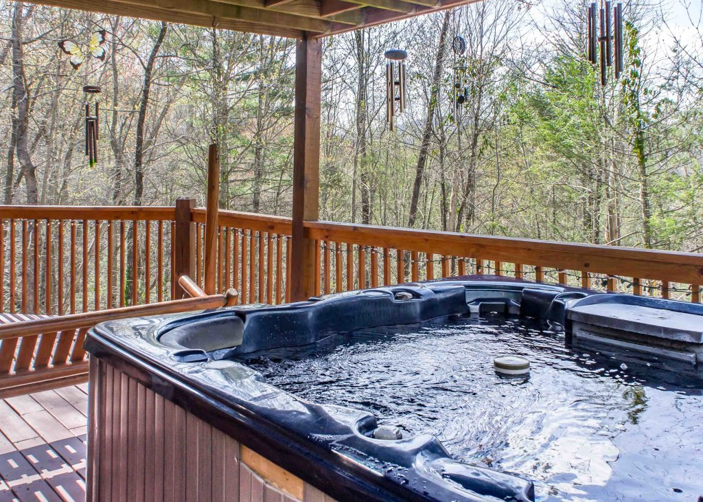 Photo of a Sevierville Cabin named Southern Comfort 22 - This is the thirty-second photo in the set.