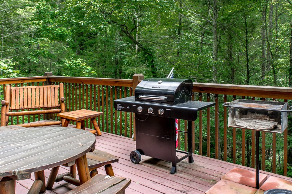 Photo of a Sevierville Cabin named Southern Comfort 22 - This is the twenty-ninth photo in the set.