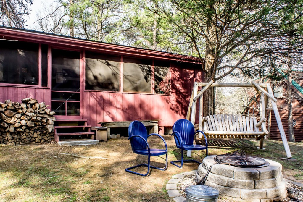 Photo of a Sevierville Cabin named Suits Us - This is the sixteenth photo in the set.