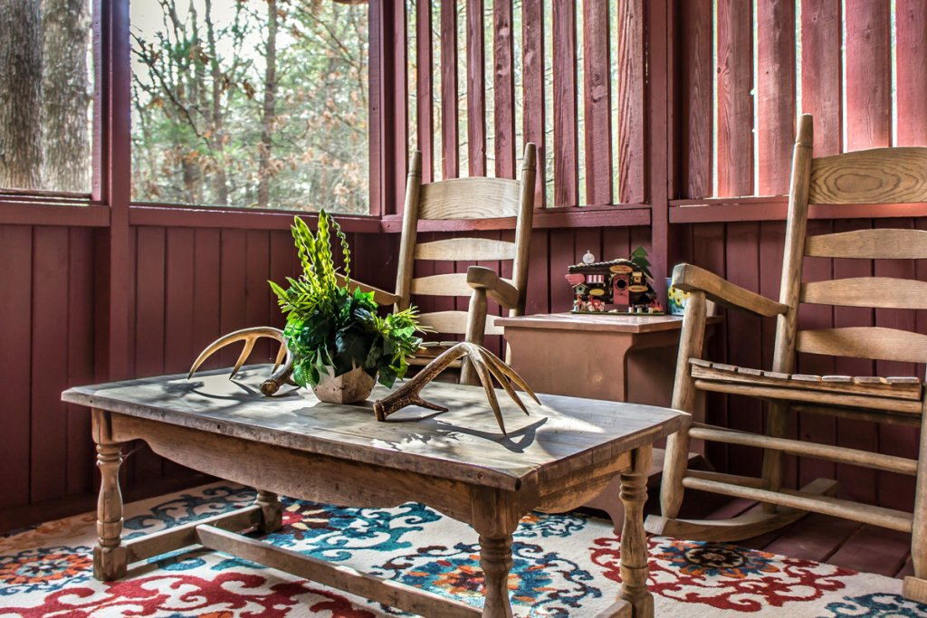 Photo of a Sevierville Cabin named Suits Us - This is the thirteenth photo in the set.
