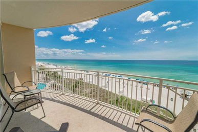 Aqua 404, 2 Bedrooms, Beachfront, Pool, Wi-fi, Sleeps 8