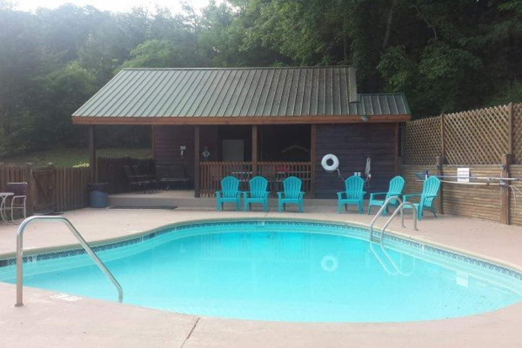Photo of a Pigeon Forge Cabin named Southern Charm - This is the twenty-second photo in the set.