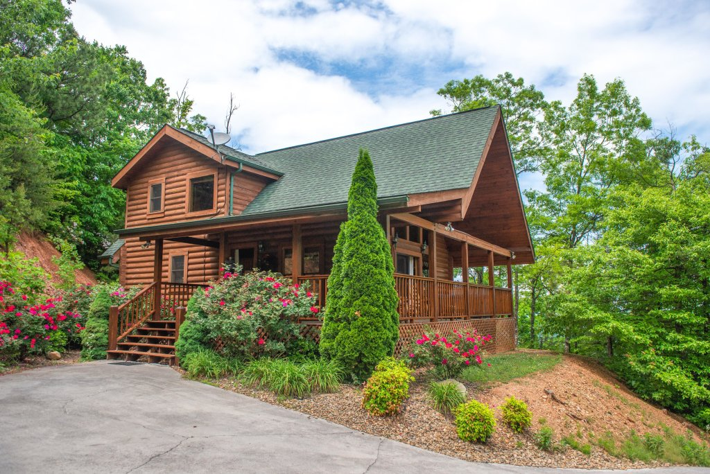 Photo of a Sevierville Cabin named Altitude Adjustment - This is the twenty-fourth photo in the set.