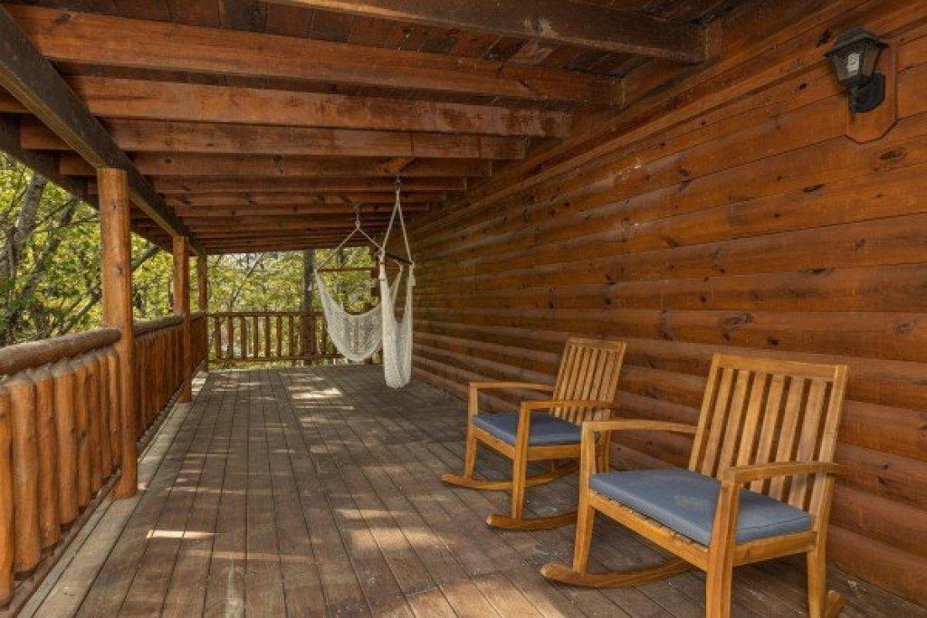 Photo of a Gatlinburg Cabin named Silver Creek Cabin - This is the eighteenth photo in the set.