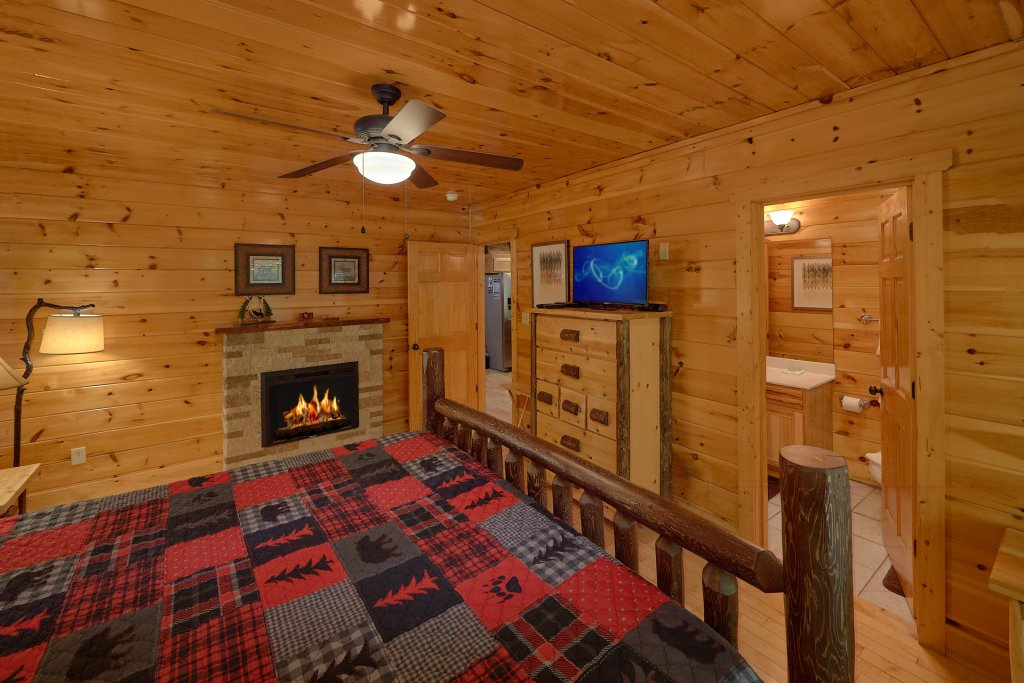 Photo of a Gatlinburg Cabin named Natural Attractions - This is the twentieth photo in the set.