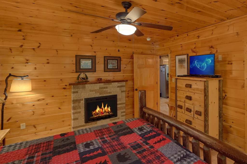 Photo of a Gatlinburg Cabin named Natural Attractions - This is the twenty-second photo in the set.