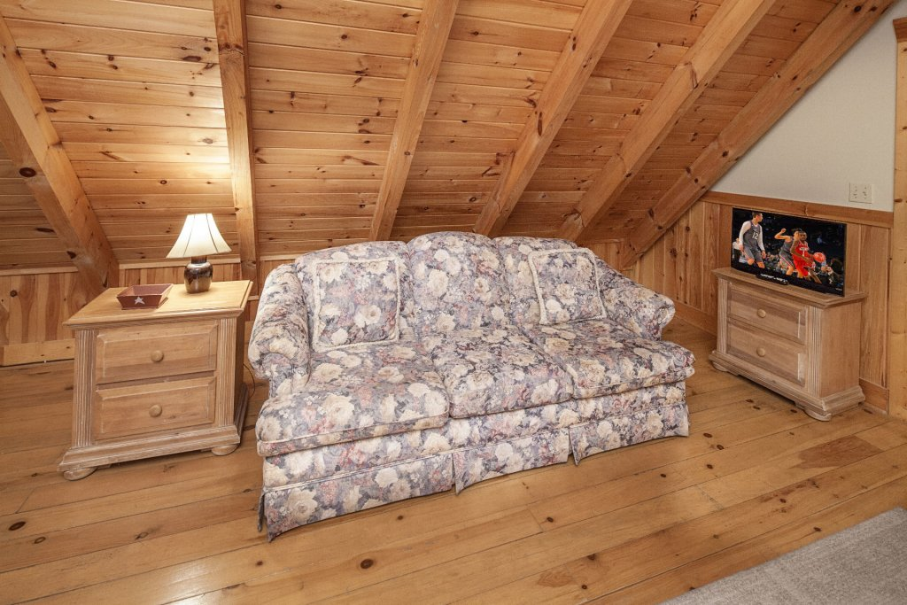 Photo of a Pigeon Forge Cabin named  Heavenly Peace - This is the eighteenth photo in the set.