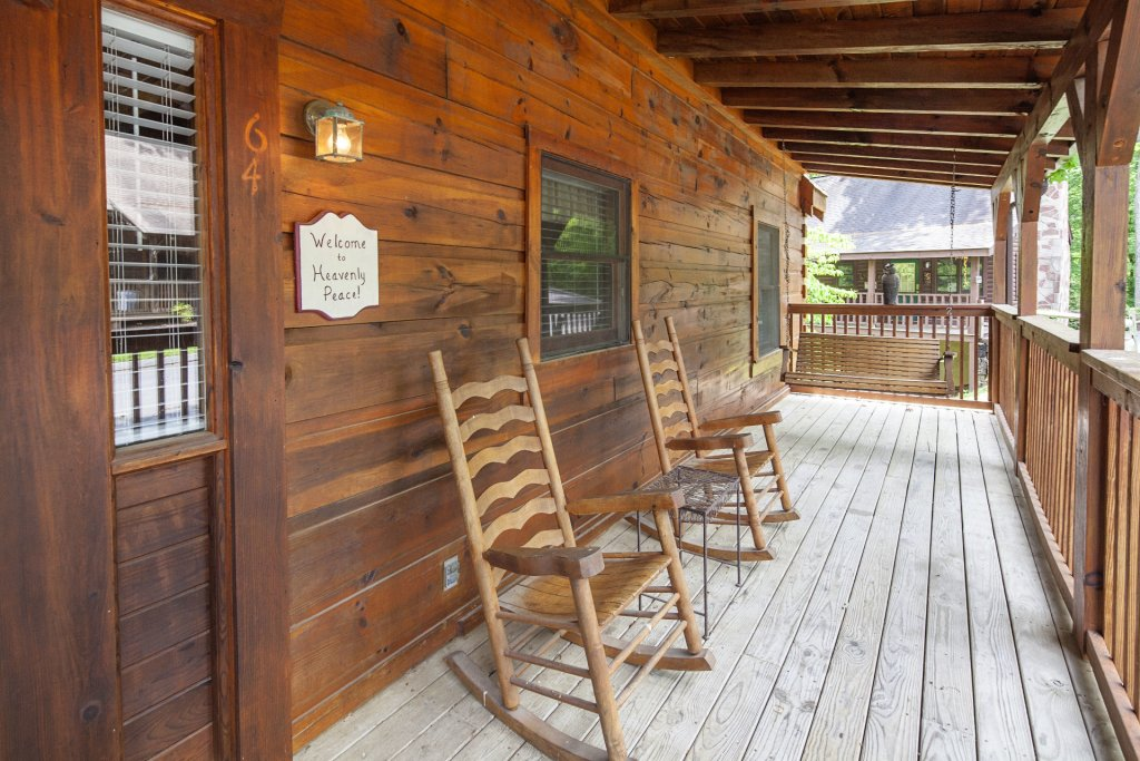 Photo of a Pigeon Forge Cabin named  Heavenly Peace - This is the twenty-third photo in the set.