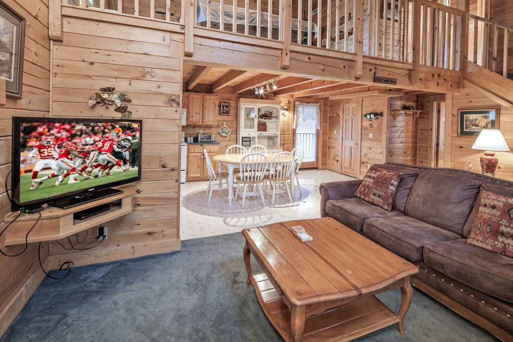 Photo of a Pigeon Forge Cabin named  Heavenly View - This is the fifth photo in the set.
