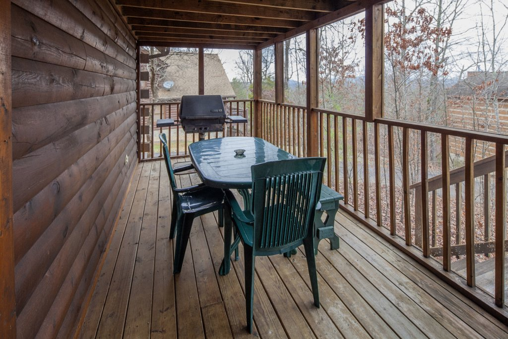 Photo of a Pigeon Forge Cabin named  Heavenly View - This is the eighteenth photo in the set.