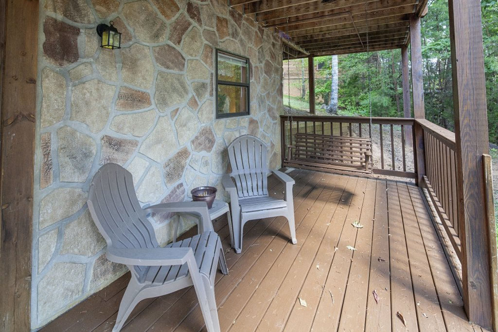 Photo of a Pigeon Forge Cabin named  Gerrald's Chalet - This is the twelfth photo in the set.