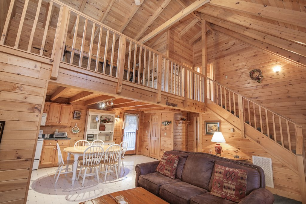Photo of a Pigeon Forge Cabin named  Heavenly View - This is the ninth photo in the set.