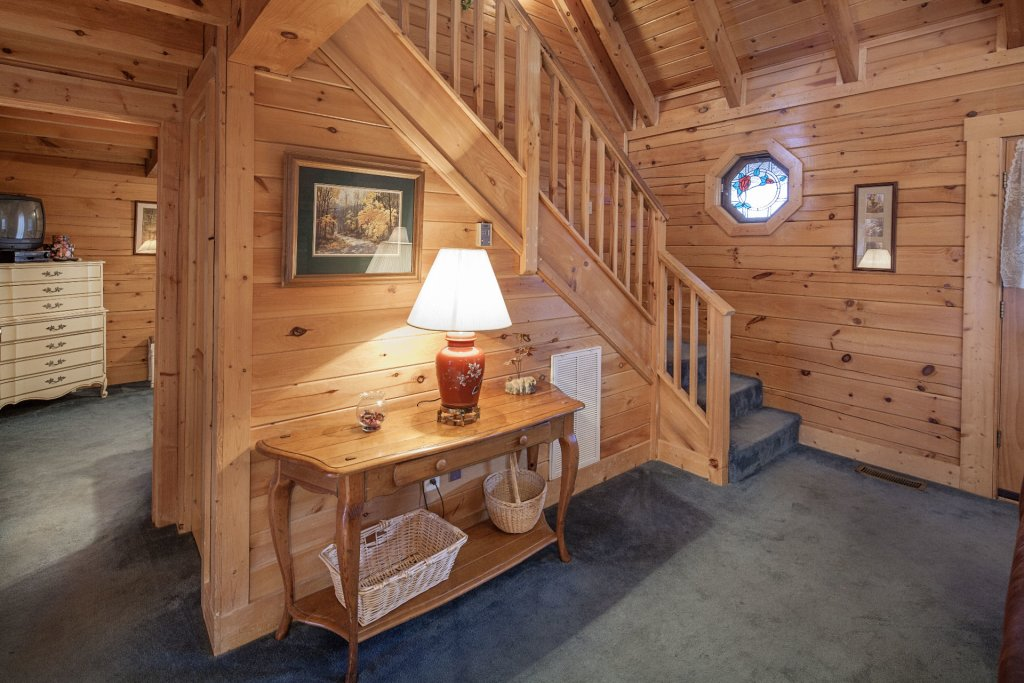 Photo of a Pigeon Forge Cabin named  Heavenly View - This is the eighth photo in the set.