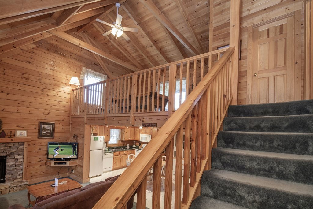 Photo of a Pigeon Forge Cabin named  Heavenly View - This is the tenth photo in the set.