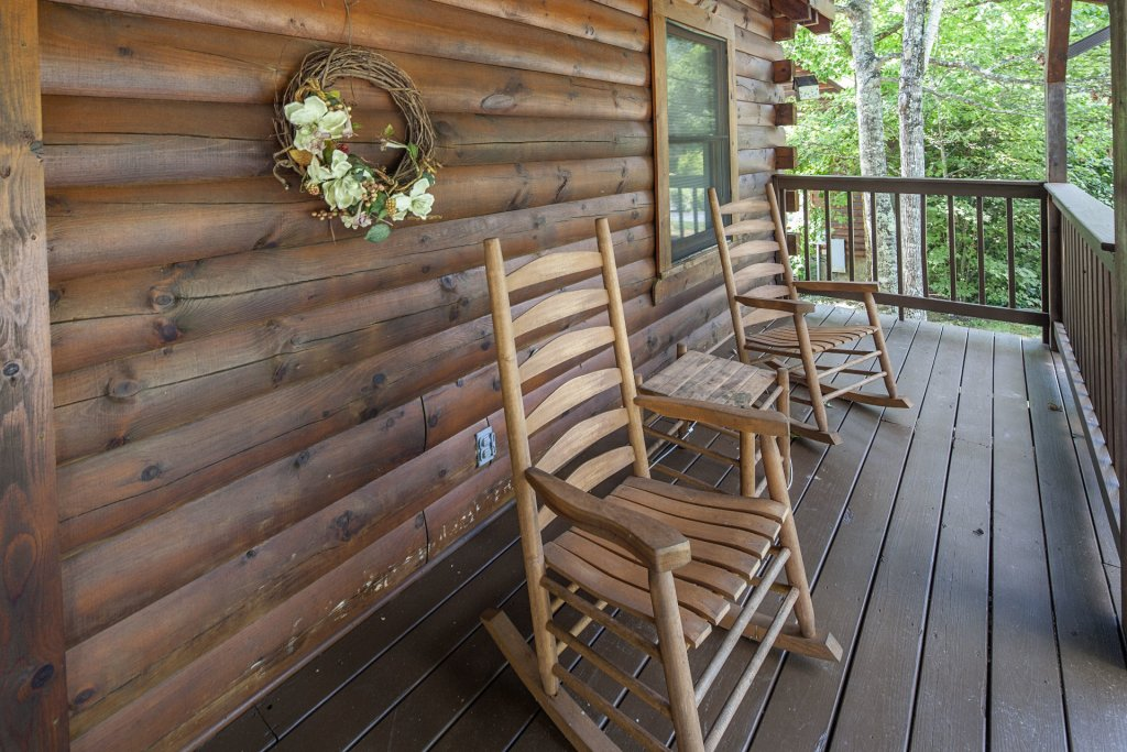 Photo of a Pigeon Forge Cabin named  Gerrald's Chalet - This is the thirty-second photo in the set.