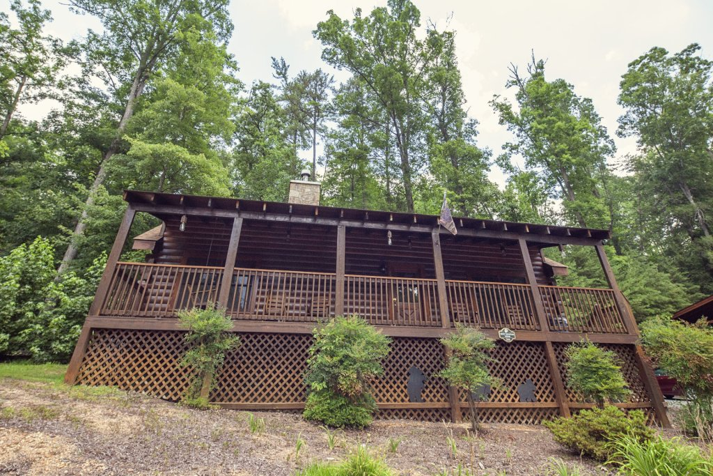 Photo of a Pigeon Forge Cabin named  A Smoky Mountain Dream - This is the nineteenth photo in the set.