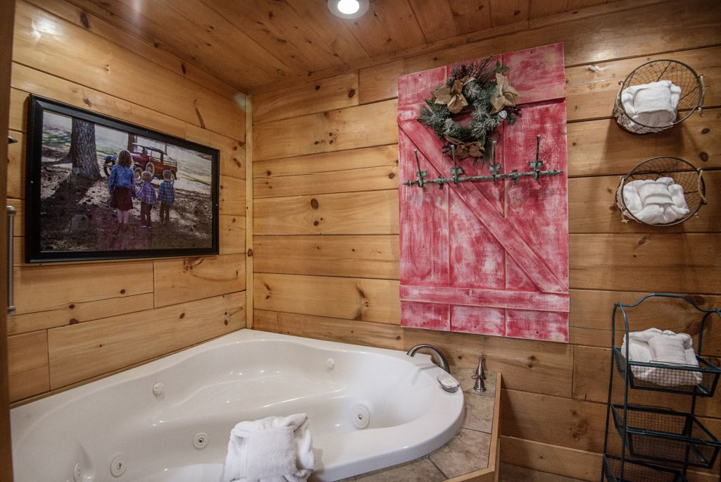 Photo of a Sevierville Cabin named Liam's Retreat - This is the twenty-eighth photo in the set.