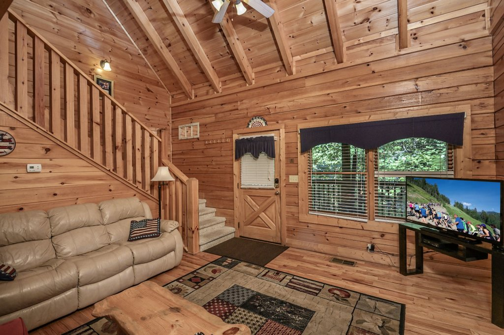 Photo of a Sevierville Cabin named Freedom Rings - This is the sixth photo in the set.