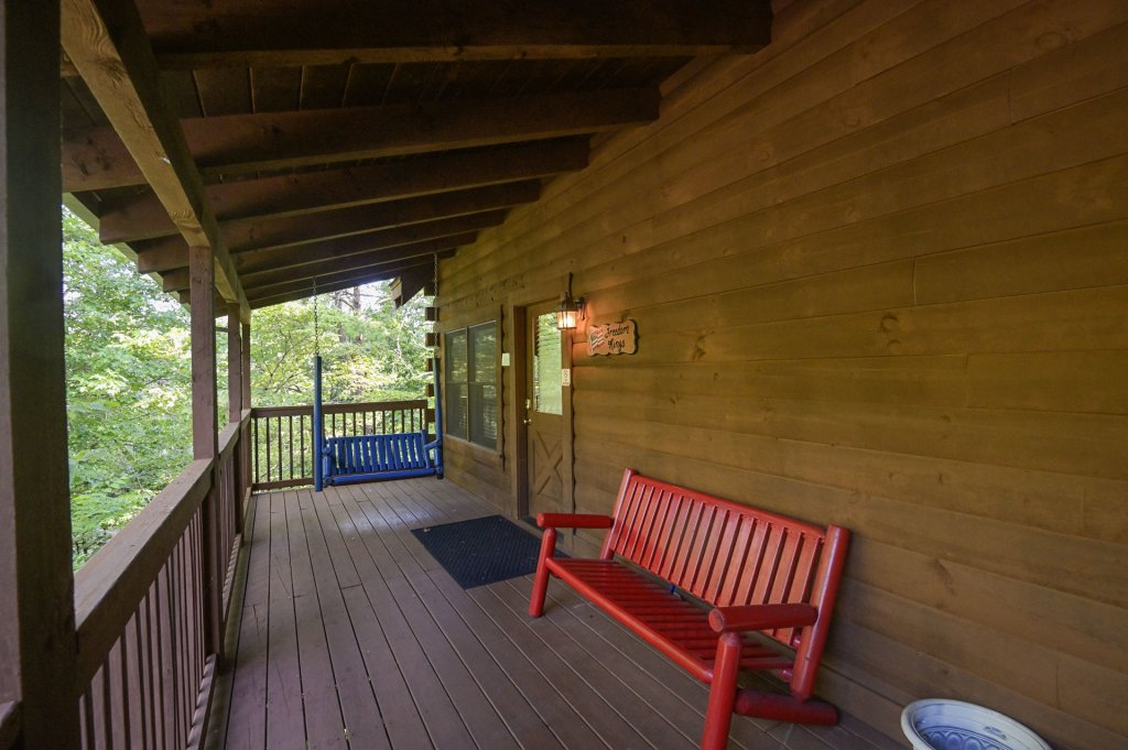 Photo of a Sevierville Cabin named Freedom Rings - This is the twenty-fourth photo in the set.