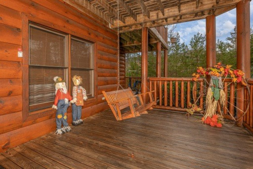 Photo of a Sevierville Cabin named True Grit - This is the thirty-first photo in the set.