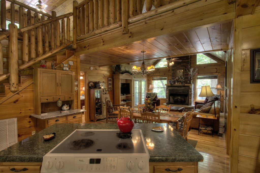 Photo of a Gatlinburg Cabin named Living Waters #376 - This is the thirteenth photo in the set.