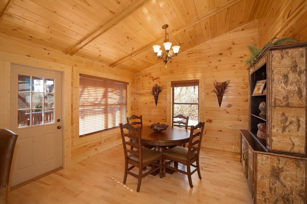 Photo of a Gatlinburg Cabin named Sweet Dreams - This is the eighth photo in the set.