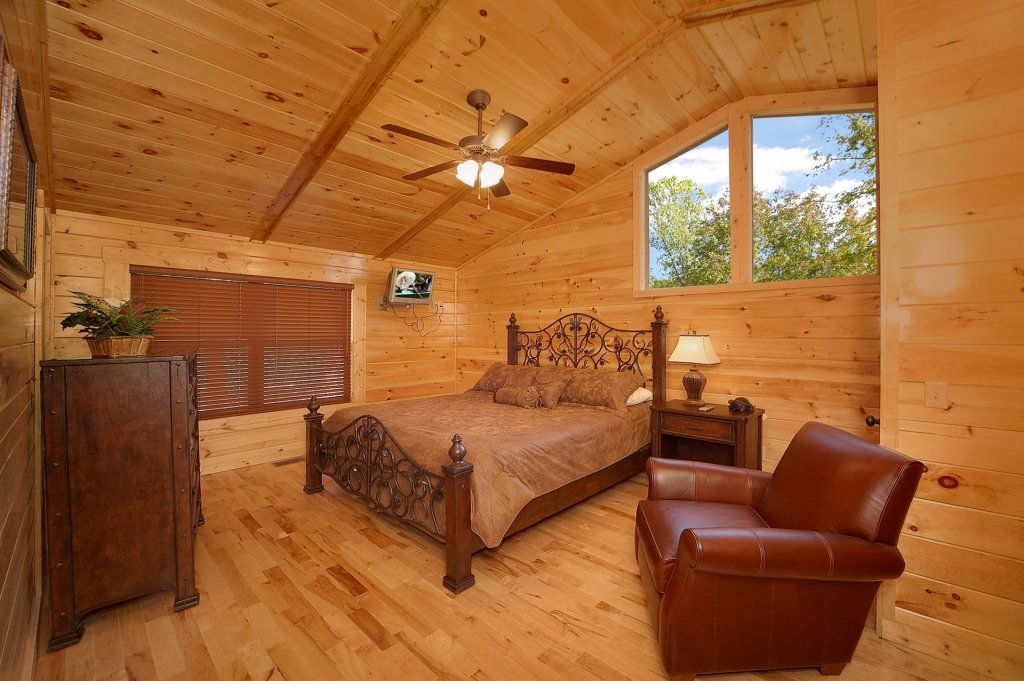 Photo of a Gatlinburg Cabin named Sweet Dreams - This is the eleventh photo in the set.