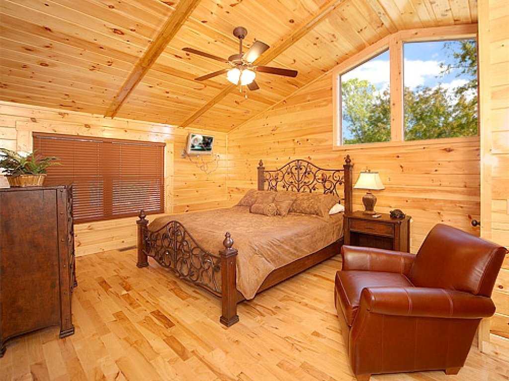 Photo of a Gatlinburg Cabin named Sweet Dreams - This is the thirteenth photo in the set.