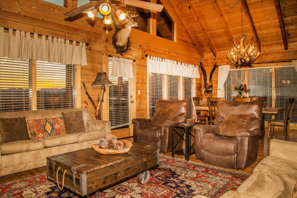 Photo of a Sevierville Cabin named  Eagles On High - This is the sixth photo in the set.