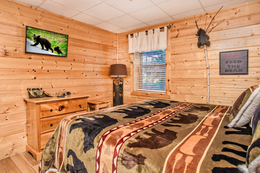 Photo of a Sevierville Cabin named  Eagles On High - This is the nineteenth photo in the set.