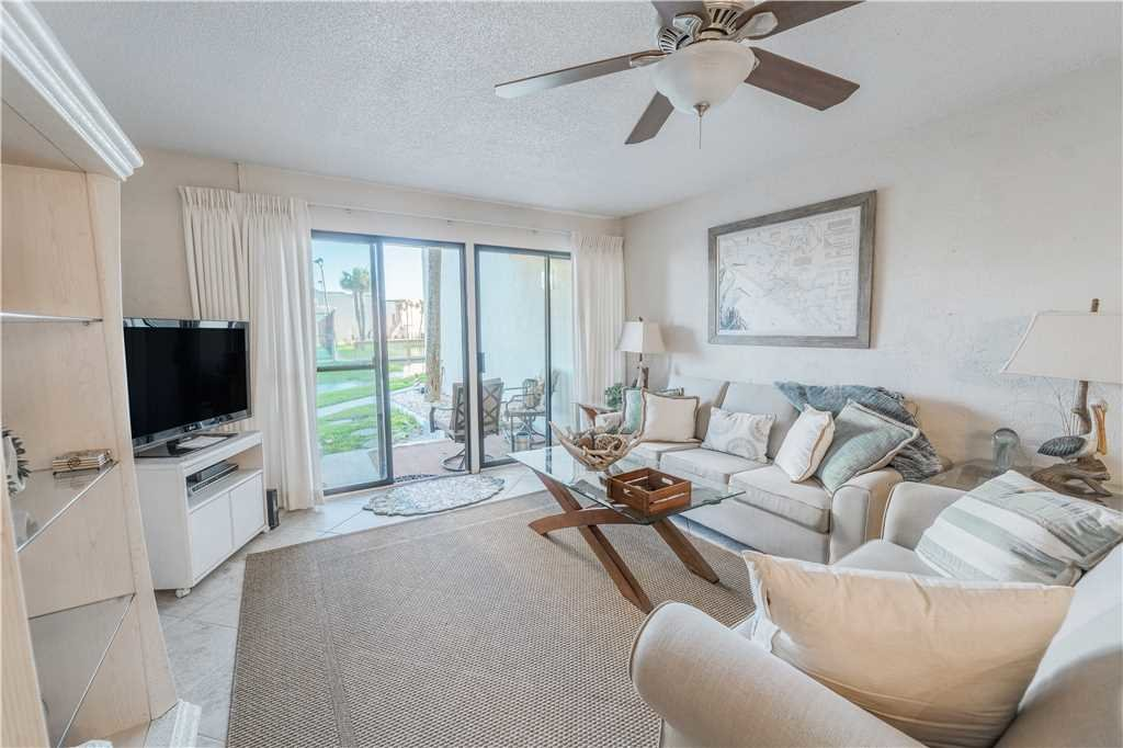 Photo of a Panama City Beach Condo named Sugar Beach E5 - This is the second photo in the set.