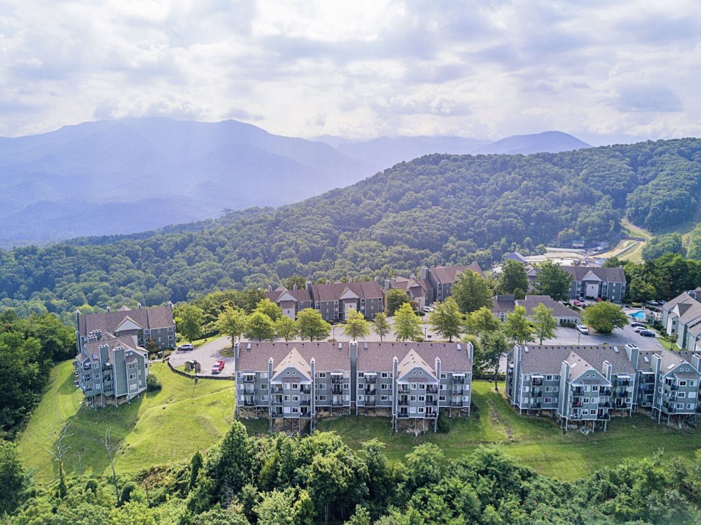 Photo of a Gatlinburg Condo named Summit Condo #5302 - This is the thirteenth photo in the set.