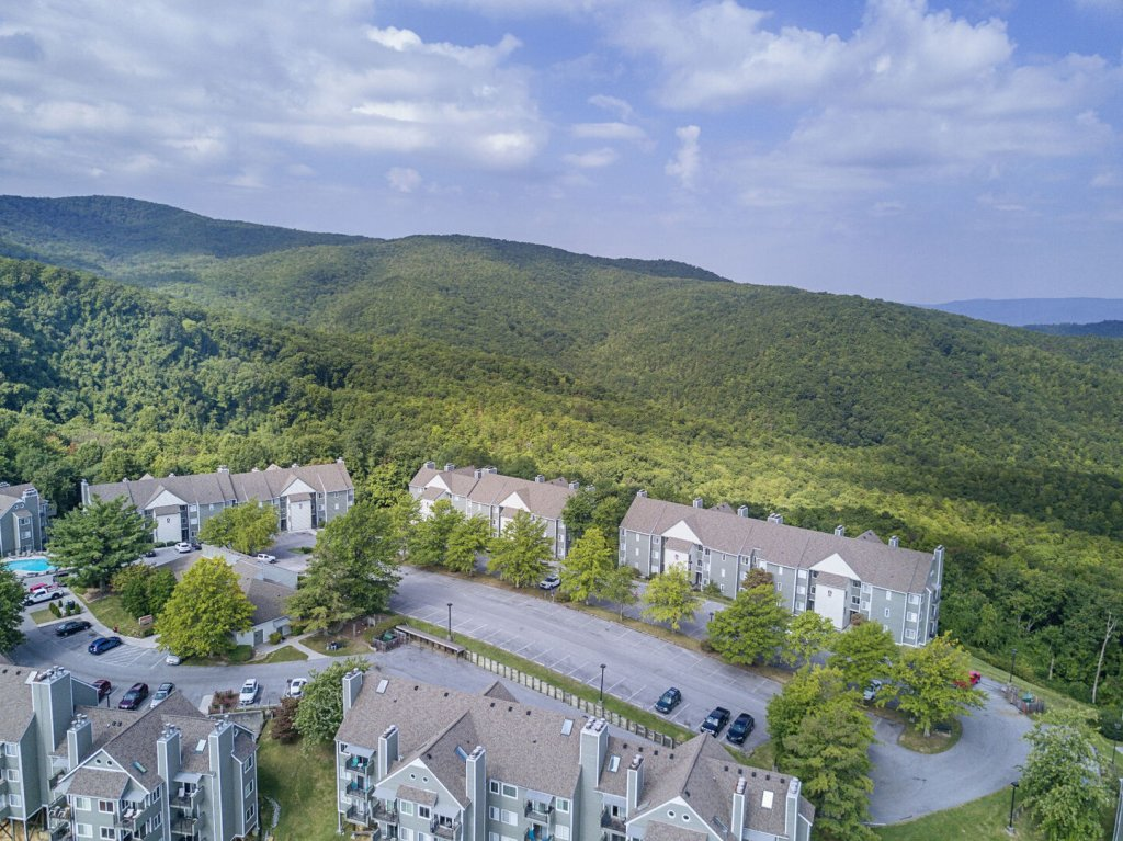 Photo of a Gatlinburg Condo named Summit Condo #5302 - This is the seventeenth photo in the set.