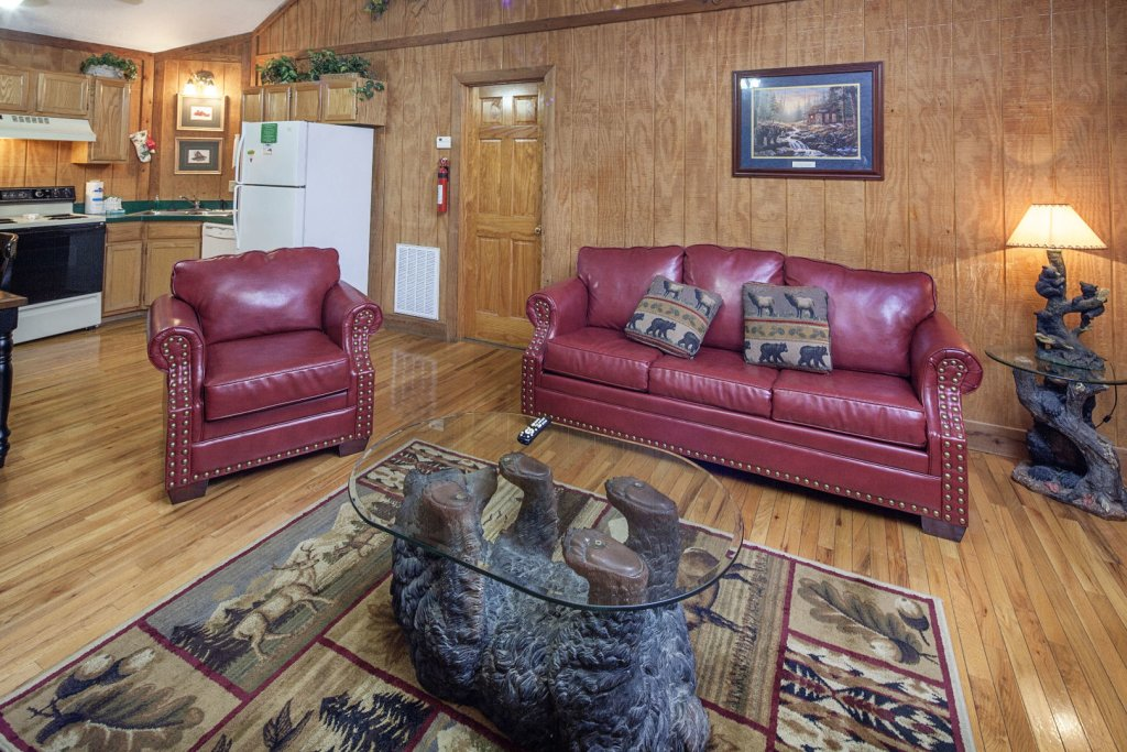 Photo of a Pigeon Forge Cabin named  Grandma & Granpaws Place - This is the fourth photo in the set.