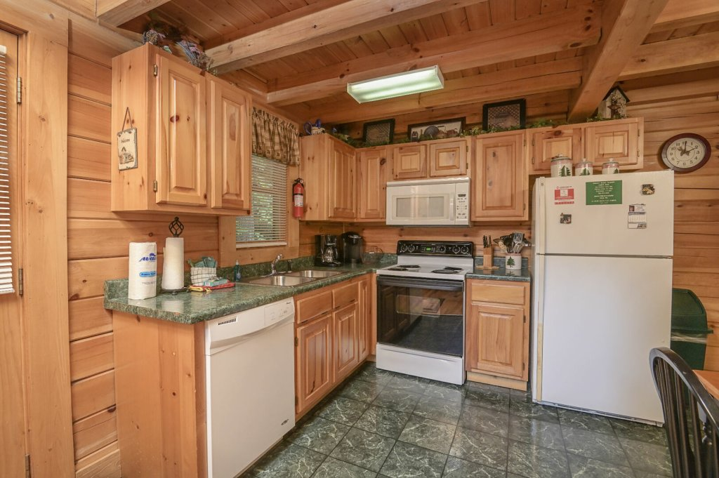 Photo of a Pigeon Forge Cabin named  Treasured Times - This is the eighth photo in the set.