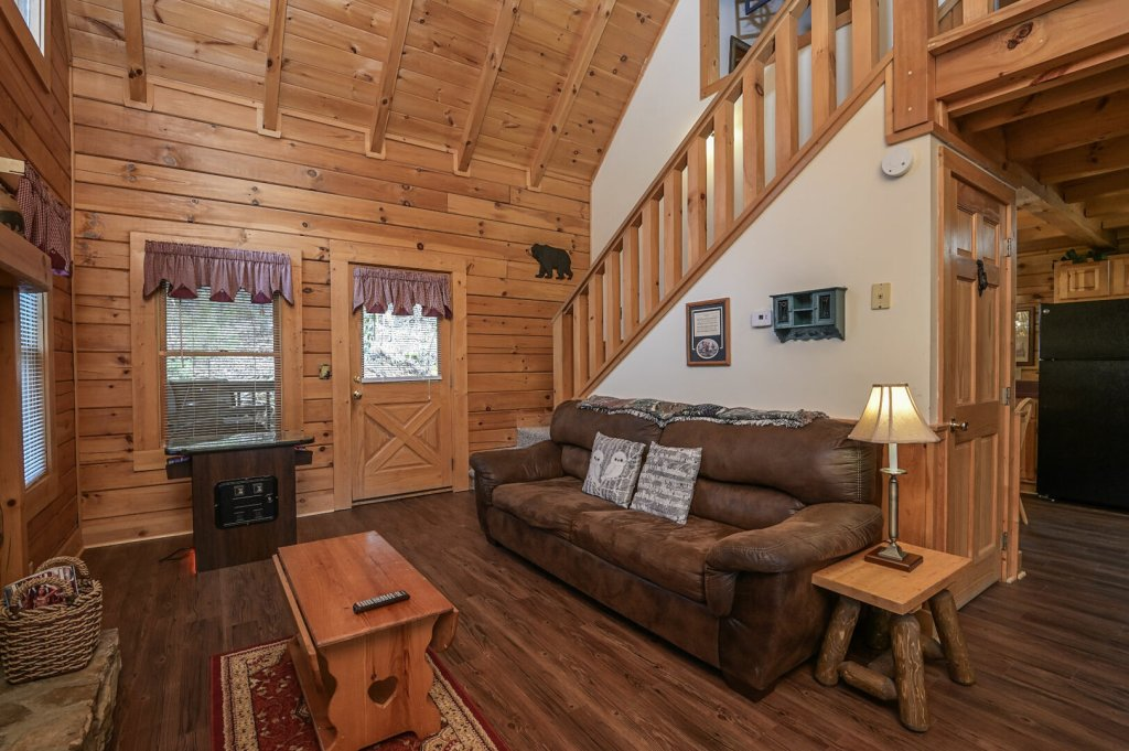 Photo of a Pigeon Forge Cabin named  Happy Haven - This is the fourth photo in the set.