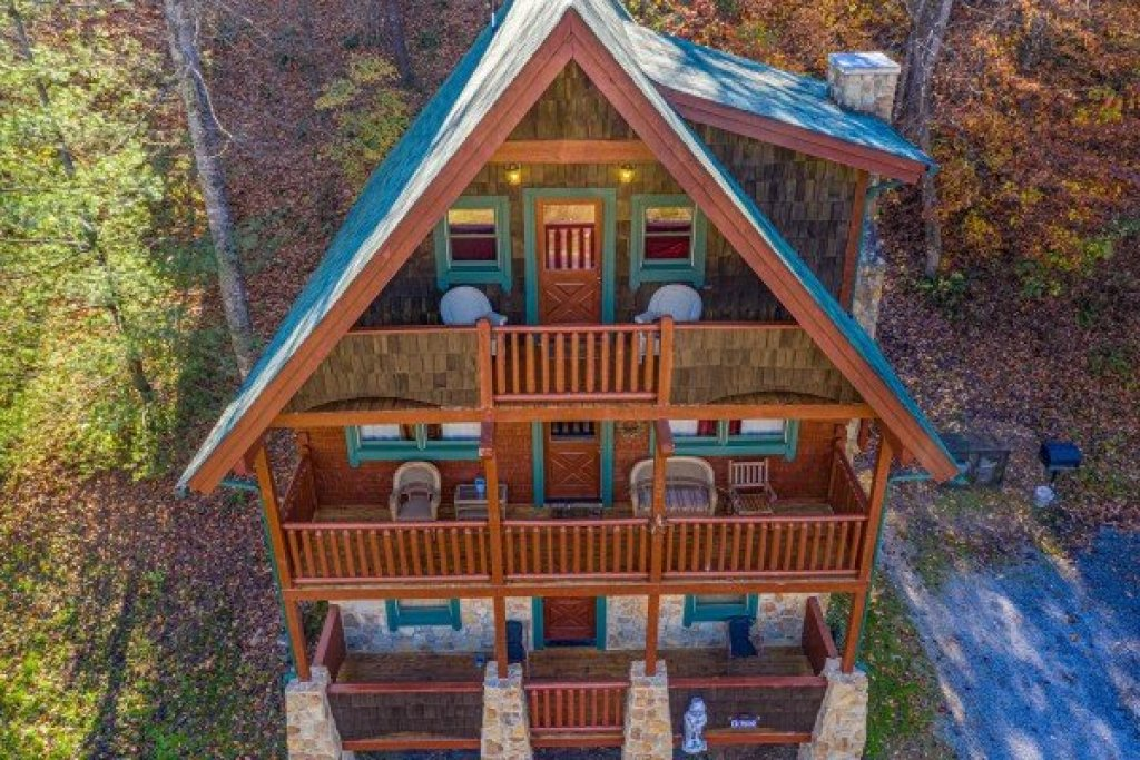 Photo of a Pigeon Forge Cabin named A Beary Nice Cabin - This is the twenty-second photo in the set.