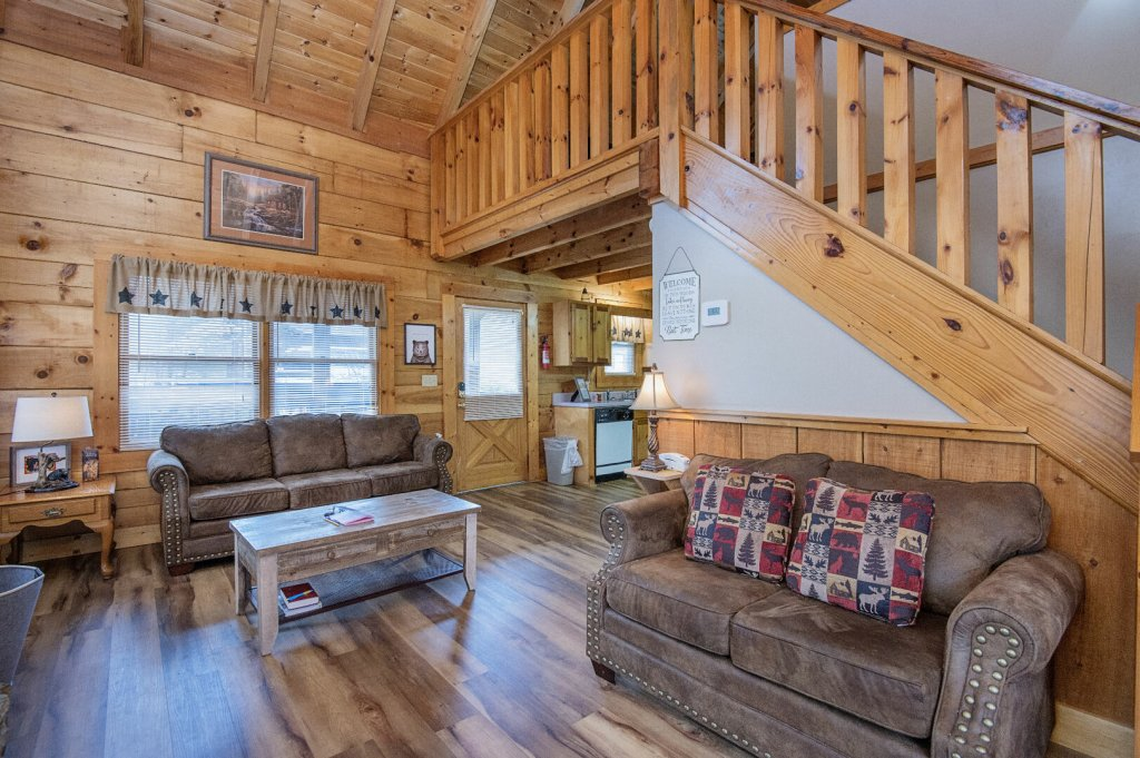 Photo of a Pigeon Forge Cabin named  Savage Loft (was Sweet Serenity) - This is the seventh photo in the set.