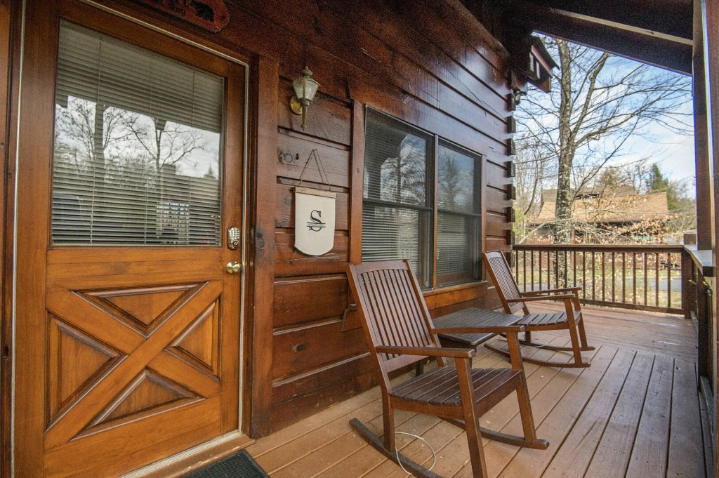 Photo of a Pigeon Forge Cabin named  Savage Loft (was Sweet Serenity) - This is the twenty-eighth photo in the set.