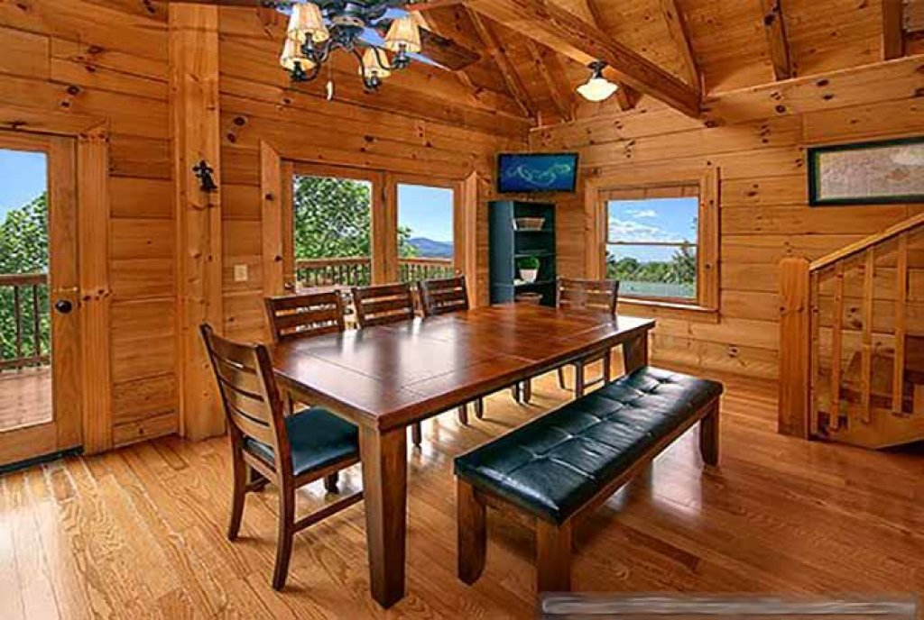 Photo of a Pigeon Forge Cabin named Sunset Mountain View - This is the third photo in the set.