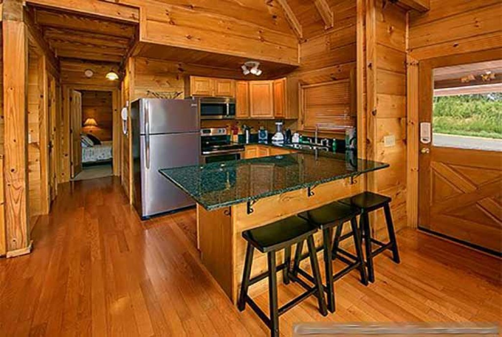 Photo of a Pigeon Forge Cabin named Sunset Mountain View - This is the fourth photo in the set.