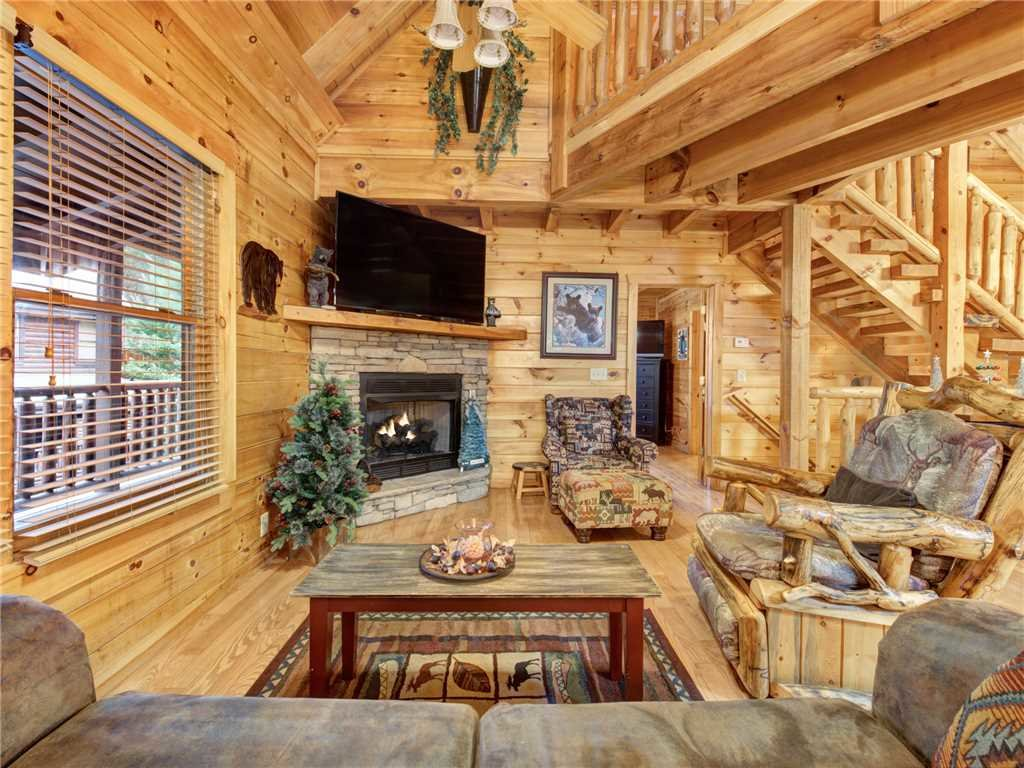 Photo of a Pigeon Forge Cabin named Firefly Nights - This is the first photo in the set.