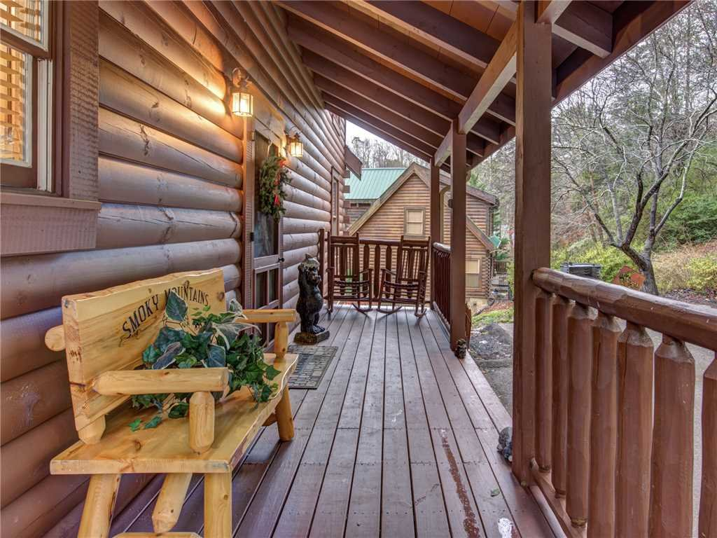 Photo of a Pigeon Forge Cabin named Firefly Nights - This is the twenty-first photo in the set.